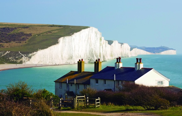 Image of the Coast Guard Cottages & Seven Sisters just outside Eastbourne, England